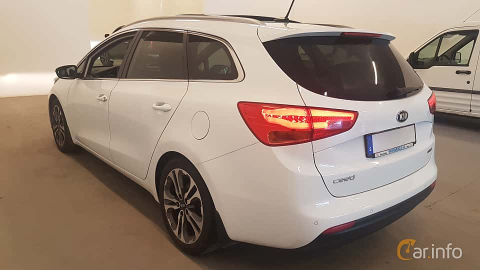 Back/Side of Kia cee'd_sw 1.6 CRDi Manual, 128ps, 2015