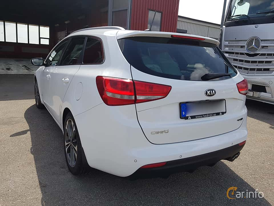 Back/Side of Kia cee'd_sw 1.6 CRDi Manual, 136ps, 2016