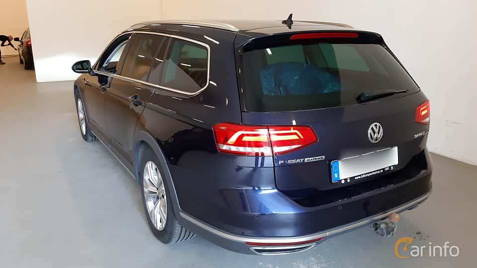 Back/Side of Volkswagen Passat Alltrack 2.0 TDI SCR BlueMotion 4Motion DSG Sequential, 190ps, 2017
