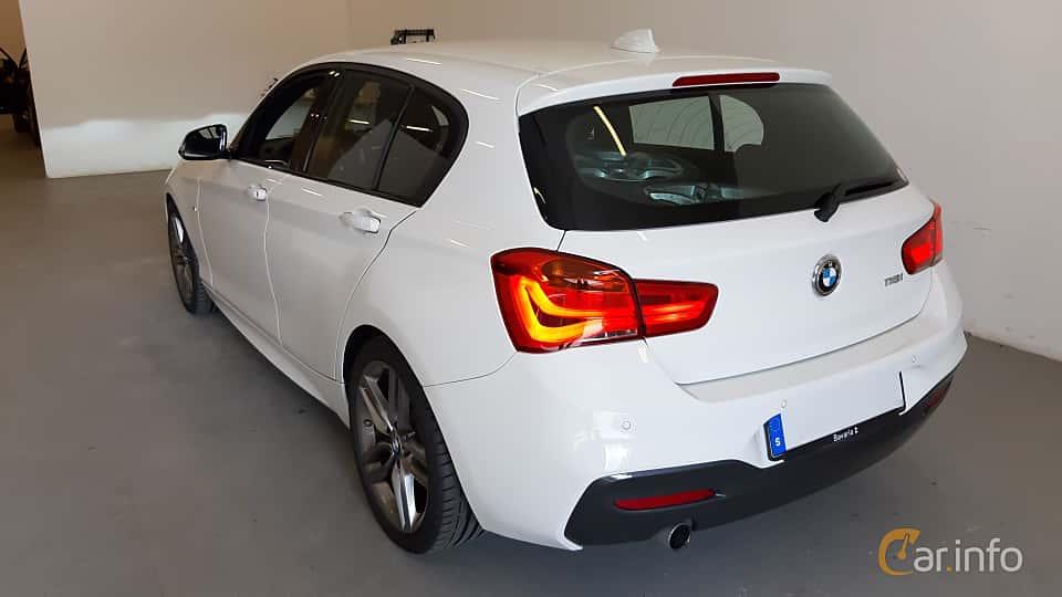 Back/Side of BMW 118i 5-door  Steptronic, 136ps, 2018