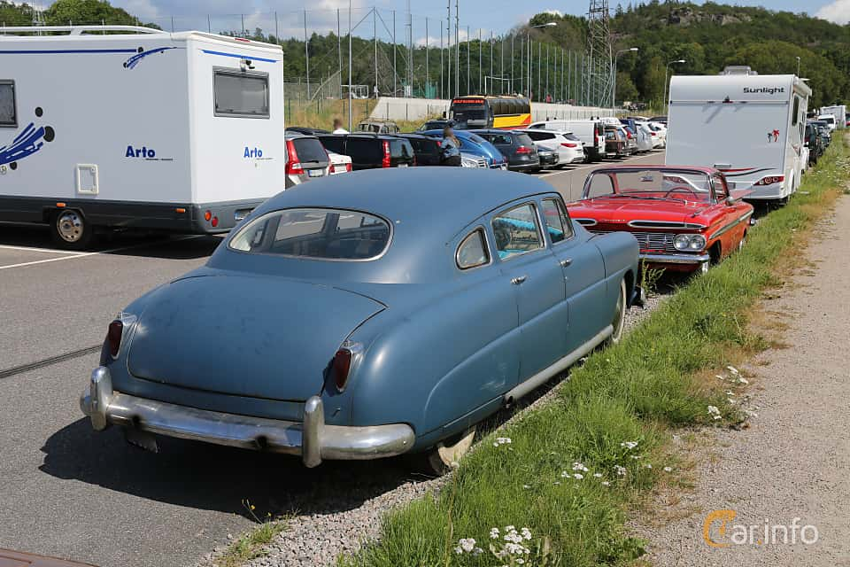 Back/Side of Hudson Commodore 4-door Sedan 4.3 Manual, 121ps, 1948 at A-bombers - Old Style Weekend Backamo 2019