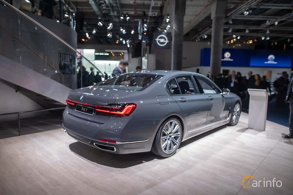 Back/Side of BMW 745e  Steptronic, 394ps, 2020 at IAA 2019