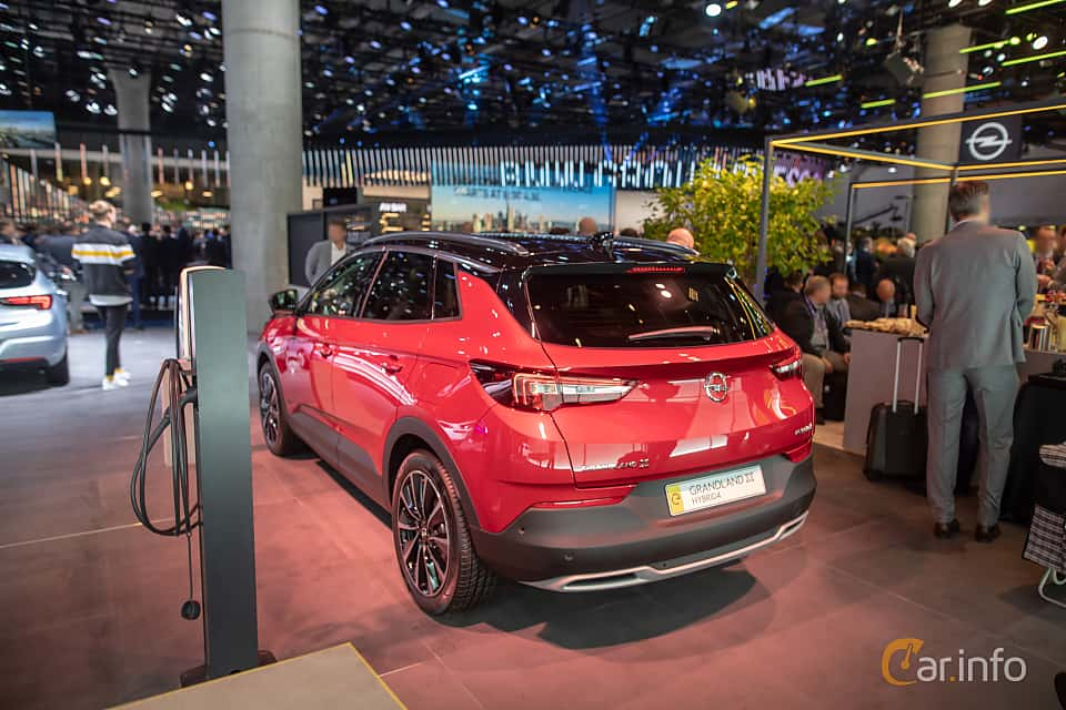 Back/Side of Opel Grandland X Hybrid4  Automatic, 300ps, 2020 at IAA 2019