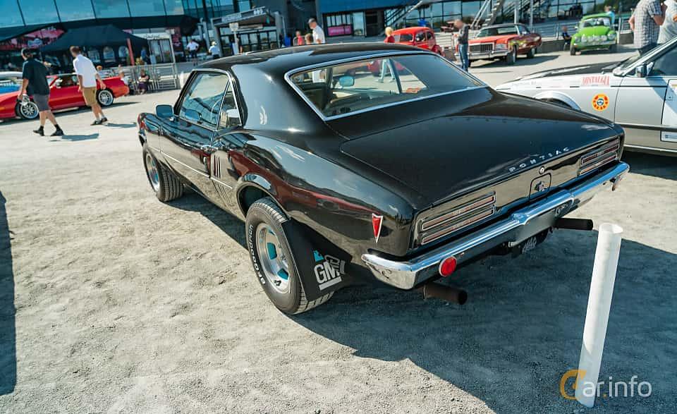Back/Side of Pontiac Firebird 1967 at Stockholm Vintage & Sports Car meet 2019