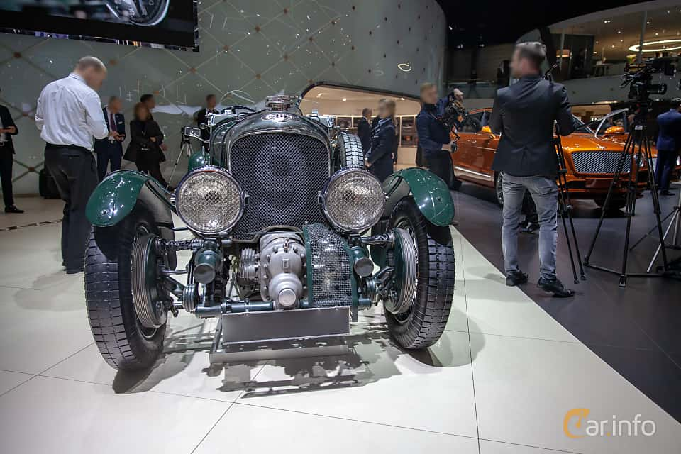 Front  of Bentley 4.5 Litre Cabriolet 4.4 Manual, 110ps, 1930 at Geneva Motor Show 2019