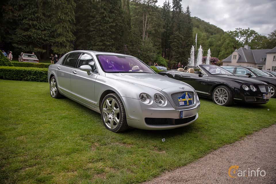 Front/Side  of Bentley Continental Flying Spur 6.0 W12 TipTronic, 560ps, 2007 at Rolls-Royce och Bentley, Norrviken Båstad 2019