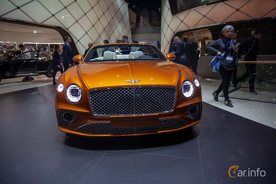 Front  of Bentley Continental GTC 6.0 W12 TSI DCT, 635ps, 2019 at Geneva Motor Show 2019
