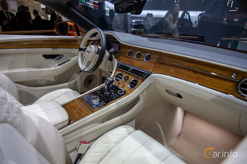 Interior of Bentley Continental GTC 6.0 W12 TSI DCT, 635ps, 2019 at Geneva Motor Show 2019