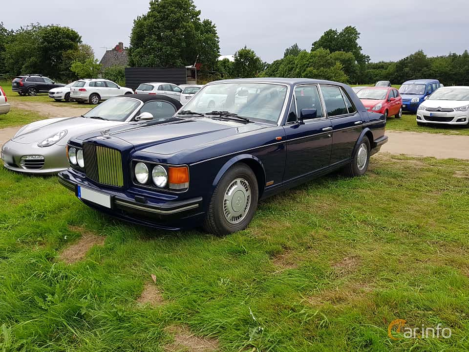 Front/Side  of Bentley Turbo R 6.75 V8 Automatic, 313ps, 1990