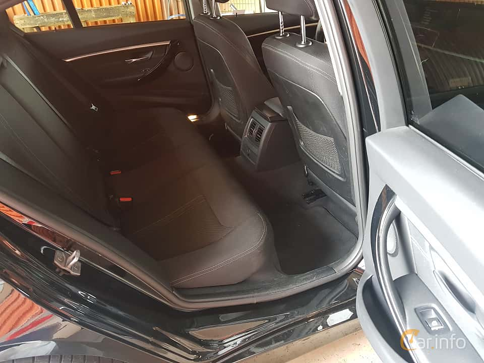 Interior of BMW 330e Sedan  Steptronic, 252ps, 2017