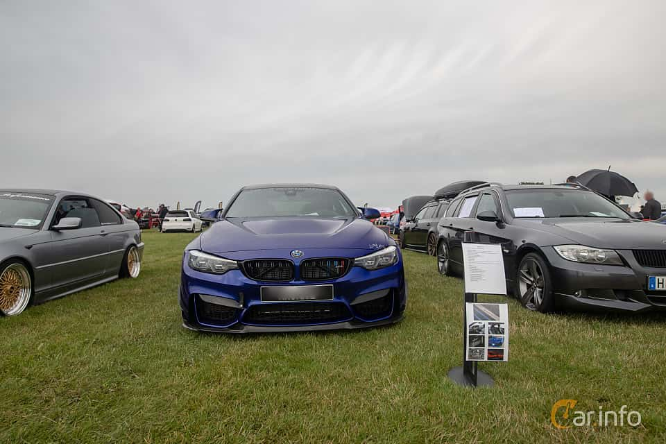 Fram av BMW M4 CS  Drivelogic, 460ps, 2018 på Vallåkraträffen 2019