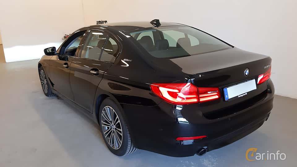 Back/Side of BMW 530e iPerformance Sedan  Steptronic, 252ps, 2018