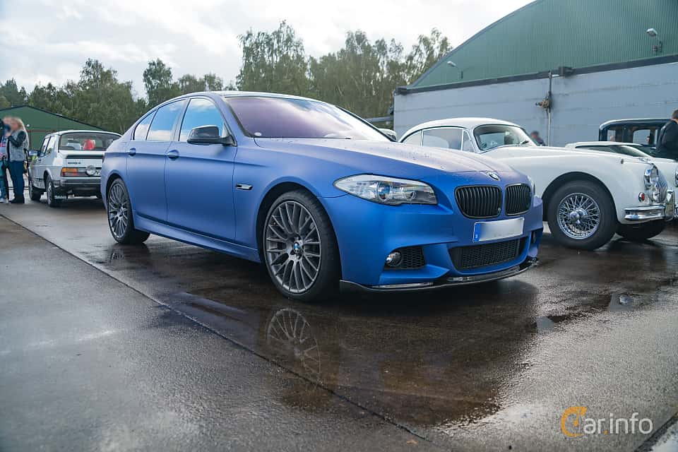 Front/Side  of BMW 550i xDrive Sedan  Steptronic, 408ps, 2011 at Fly ´n´ Ride 2018