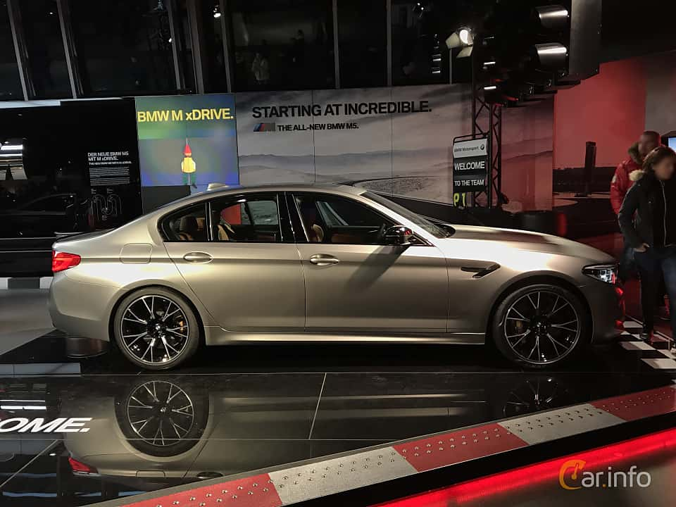 Side  of BMW M5 Competition  Steptronic, 625ps, 2019