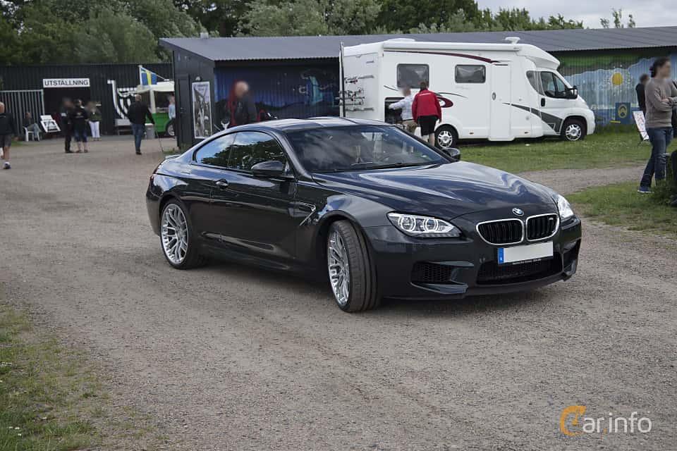 Front/Side  of BMW M6 Coupé 4.4  DCT, 560ps, 2013 at Tisdagsträffarna Vikingatider v.25 / 2017