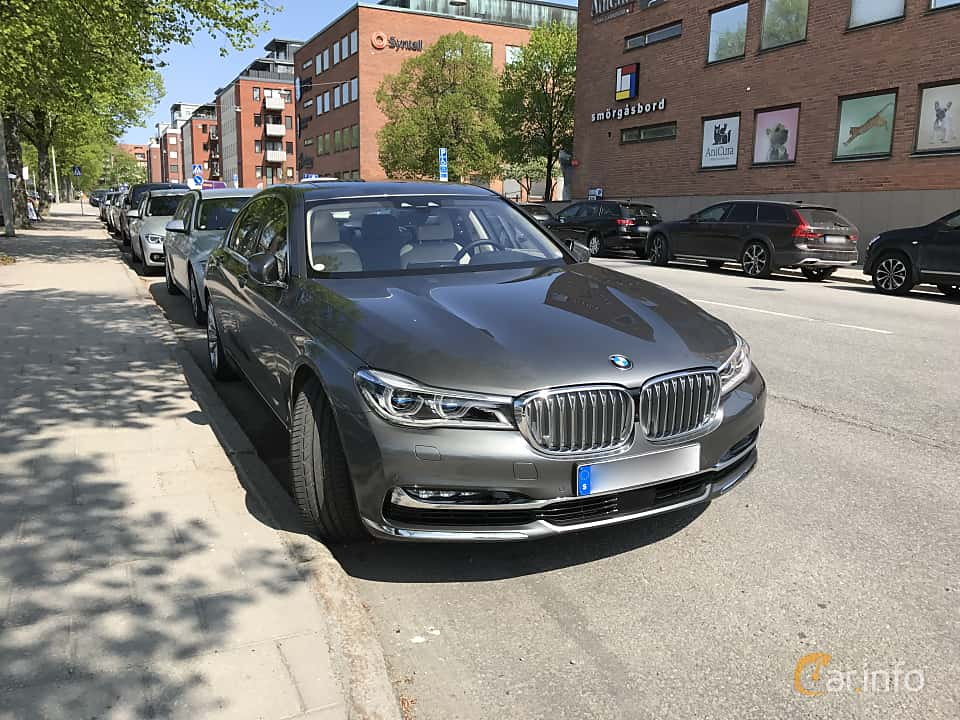 User Images Of BMW 7 Series LWB 2017