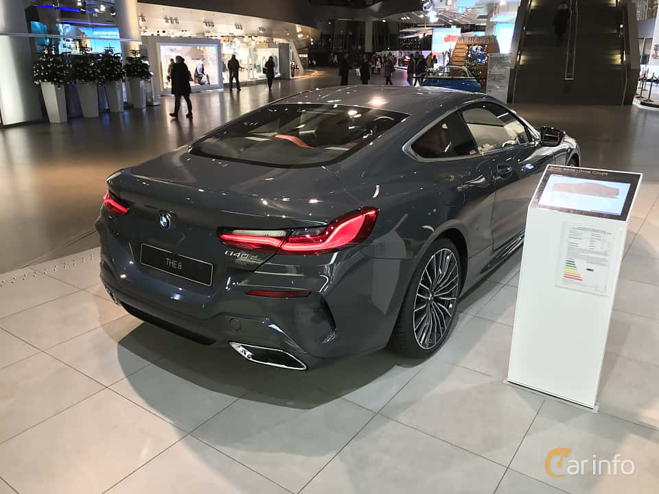 Back/Side of BMW 840d xDrive  Steptronic, 320ps, 2019