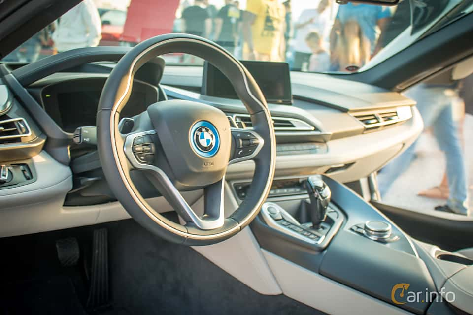 9 Images Of Bmw I8 1 5 7 1 Kwh Steptronic 362hp 2015 By