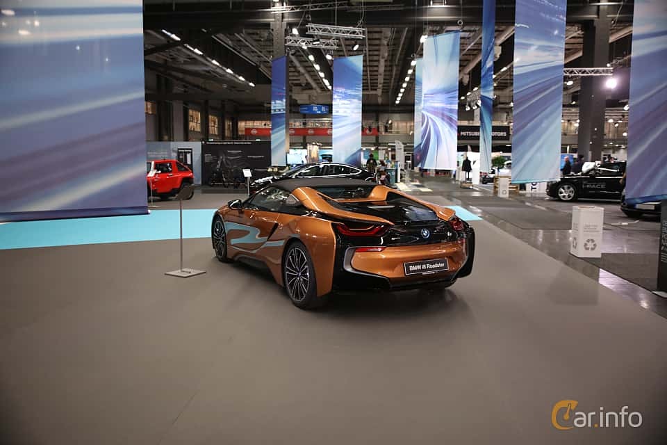 Back/Side of BMW i8 Roadster 1.5 + 11.6 kWh Steptronic, 374ps, 2019 at eCar Expo Göteborg 2018