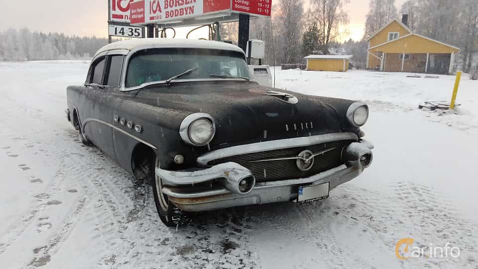 Fram/Sida av Buick Super Sedan 5.3 V8 Automatic, 258ps, 1956
