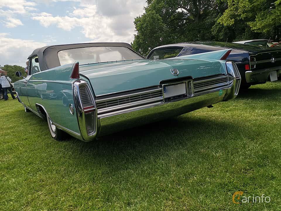 Back/Side of Cadillac Fleetwood Eldorado Convertible 7.0 V8 OHV Hydra-Matic, 345ps, 1964 at Sofiero Classic 2019