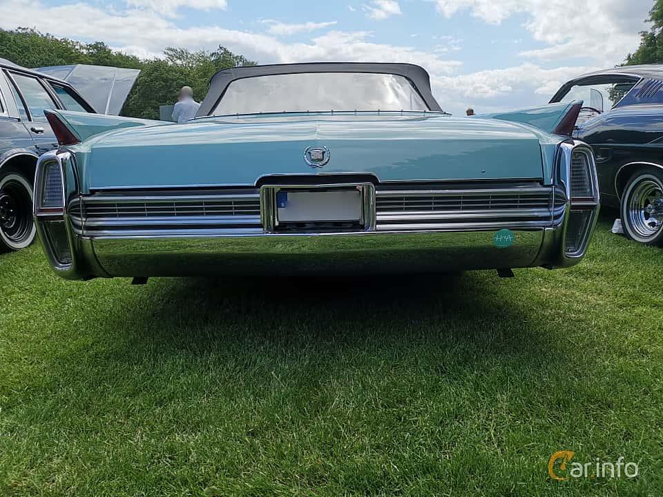 Back of Cadillac Fleetwood Eldorado Convertible 7.0 V8 OHV Hydra-Matic, 345ps, 1964 at Sofiero Classic 2019