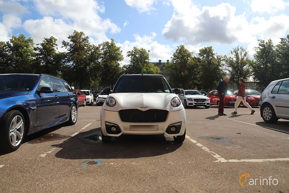 Front  of Chatenet CH26 0.5 HDI CVT, 5ps, 2015