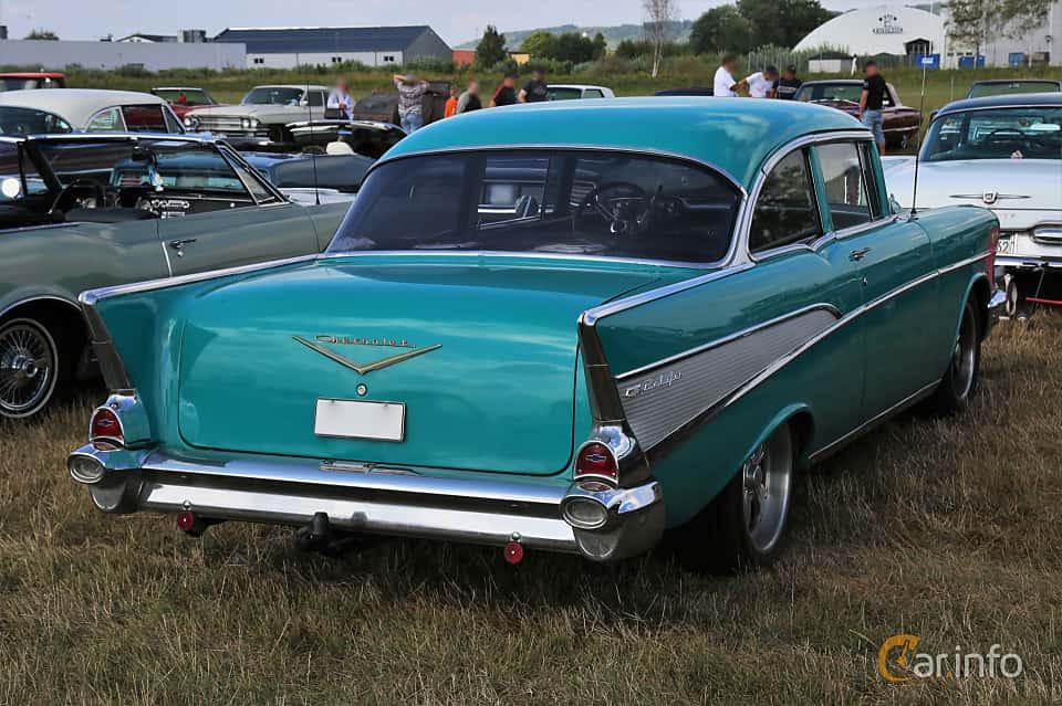 Back/Side of Chevrolet Bel Air 4-door Sedan 4.6 V8 Powerglide, 188ps, 1957 at Falköping Nasco Yankee Meet 2018