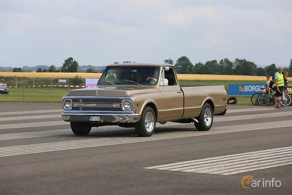 Images of a Chevrolet C10 Pickup 5 7 V8 Powerglide, 258hp, 1970