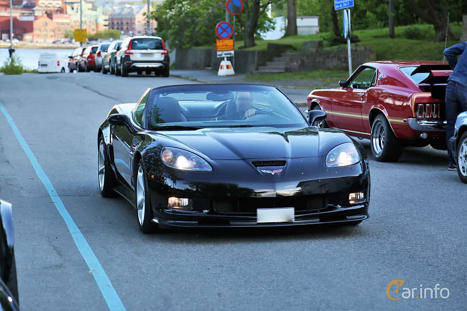 Front/Side  of Chevrolet Corvette Grand Sport Convertible 6.2 V8 Automatic, 442ps, 2010