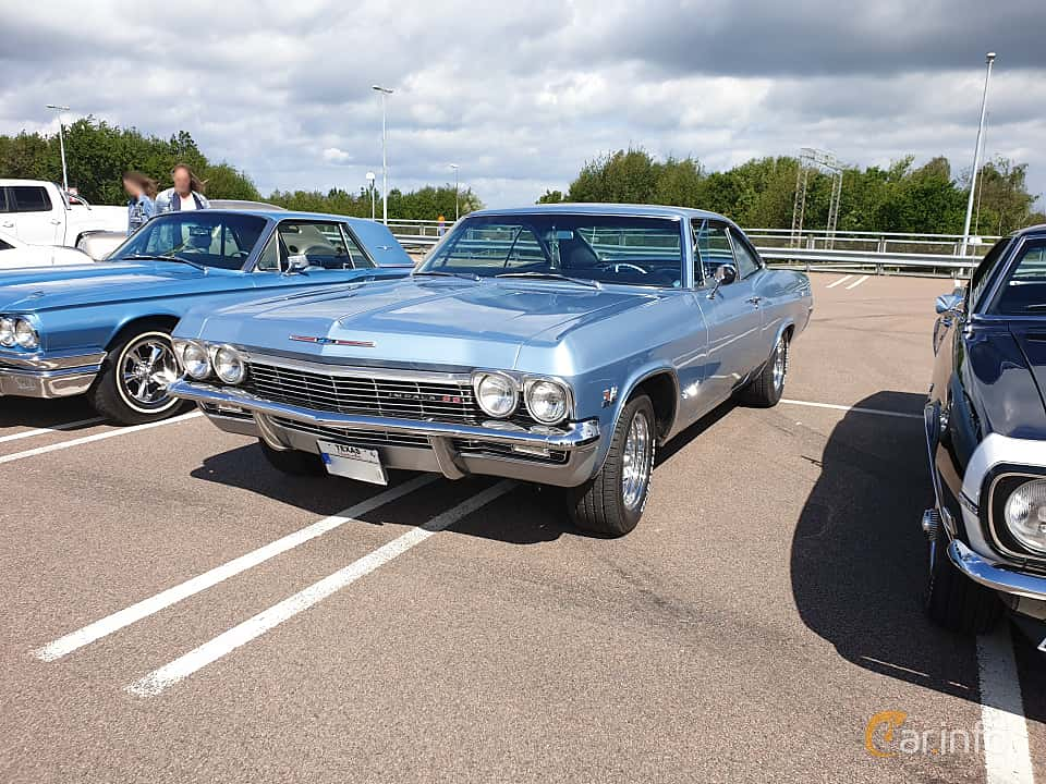 Front/Side  of Chevrolet Impala Super Sport Coupé 6.5 V8 Powerglide, 329ps, 1965