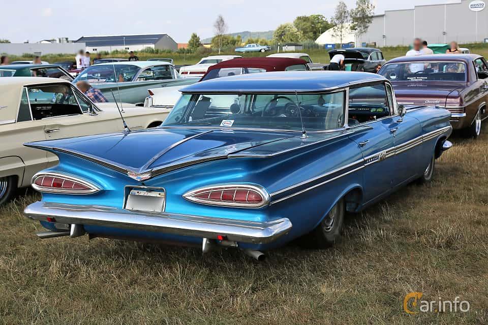 Back/Side of Chevrolet Impala Sport Sedan 4.6 V8 Powerglide, 188ps, 1959 at Falköping Nasco Yankee Meet 2018