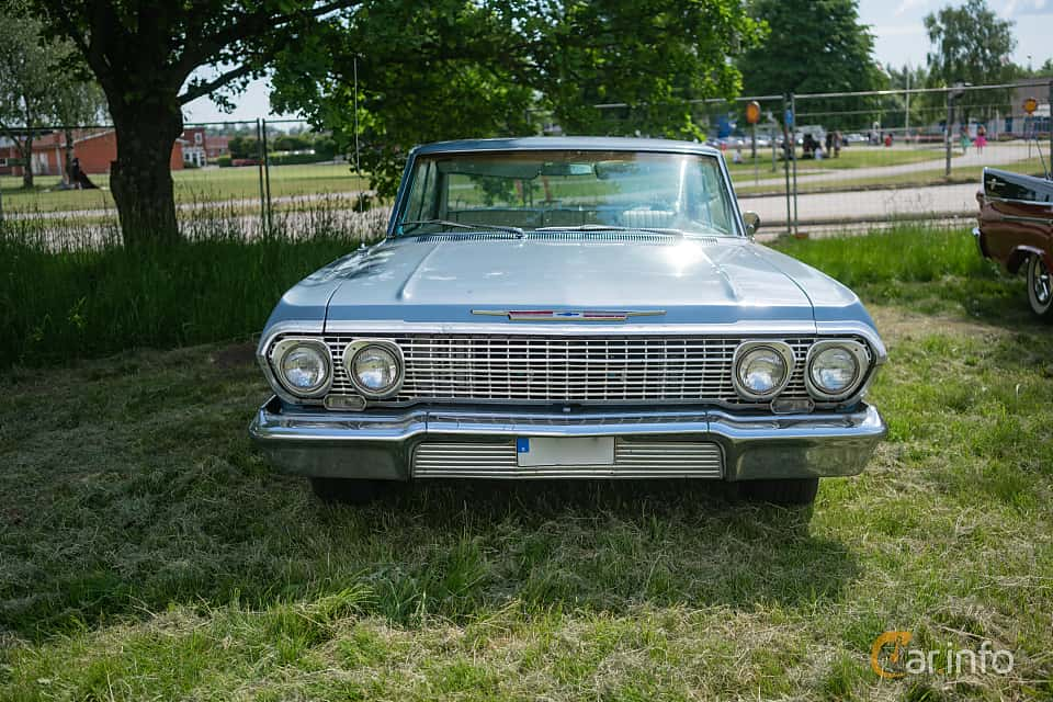 Front  of Chevrolet Impala Sport Sedan 4.6 V8 Powerglide, 198ps, 1963 at Hässleholm Power Start of Summer Meet 2018