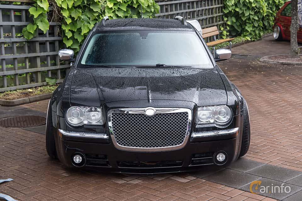 User images of Chrysler 300C Touring 1st Generation Facelift