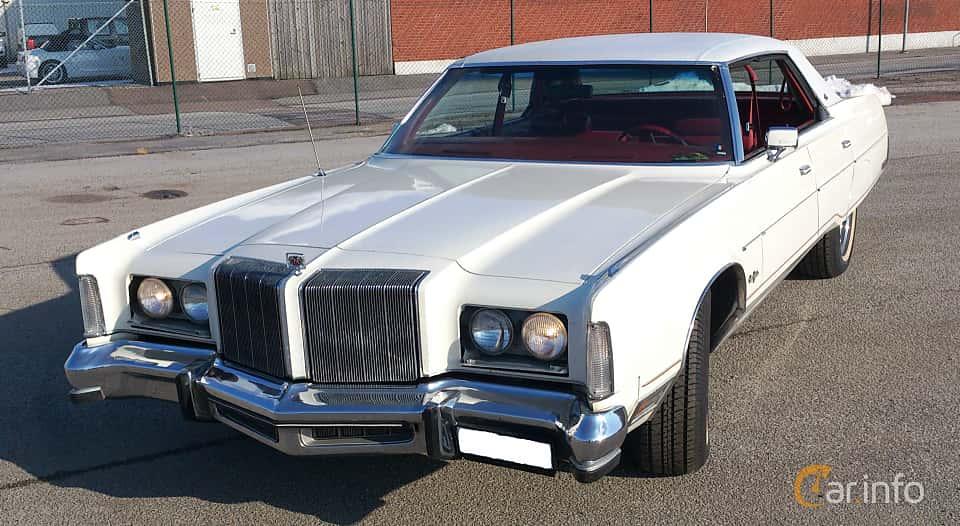 Fram/Sida av Chrysler New Yorker 4-door Hardtop 7.2 V8 TorqueFlite, 198ps, 1978