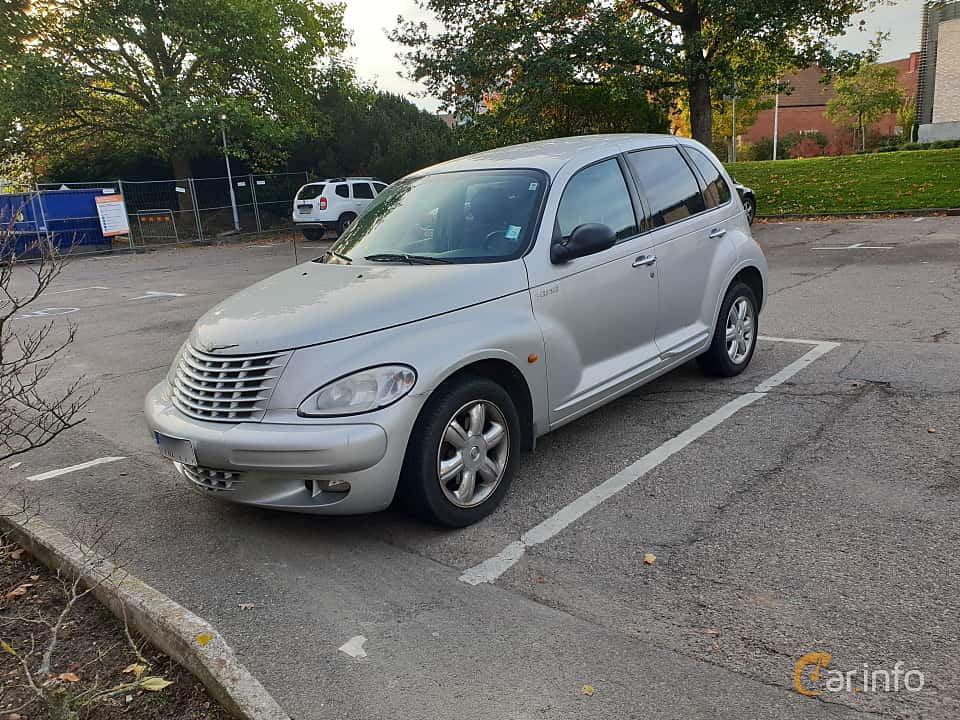 Fram/Sida av Chrysler PT Cruiser 2.0 Manual, 141ps, 2003