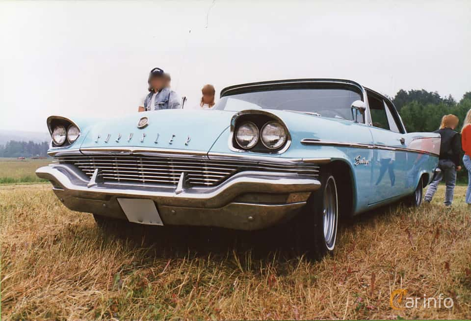 Front/Side of Chrysler Saratoga 2-door Hardtop 5.8 Automatic, 299ps, 1957