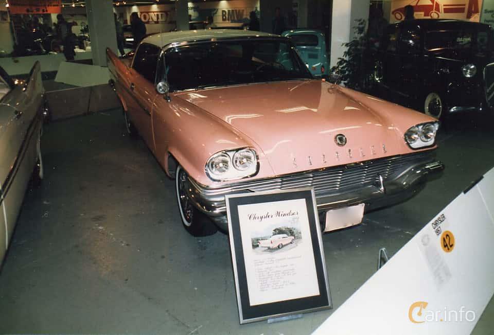 Front/Side of Chrysler Windsor 2-door Hardtop 5.8 V8 TorqueFlite, 289ps, 1957