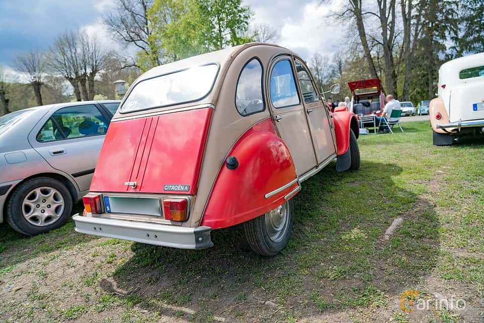 Back/Side of Citroën 2CV 0.6 Manual, 29ps, 1983 at Fest För Franska Fordon  på Taxinge slott 2019