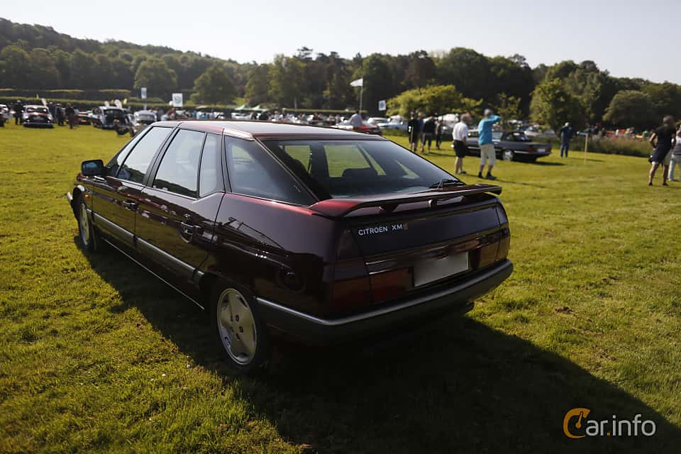 Back/Side of Citroën XM 2.0 Automatic, 121ps, 1992 at Tjolöholm Classic Motor 2018