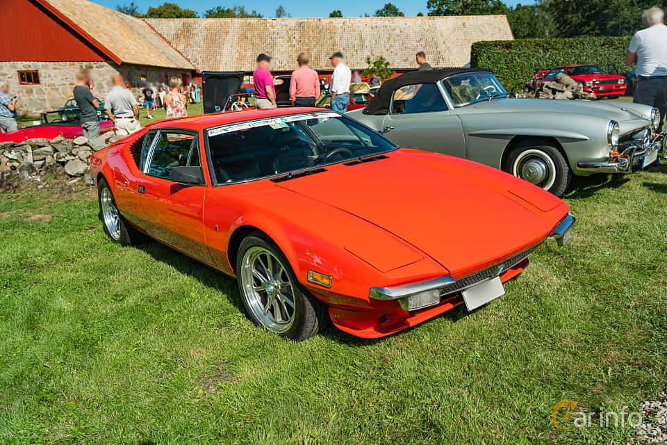 Front/Side  of De Tomaso Pantera 5.8 V8 Manual, 314ps, 1972 at Sportbilsklassiker Stockamöllan 2019