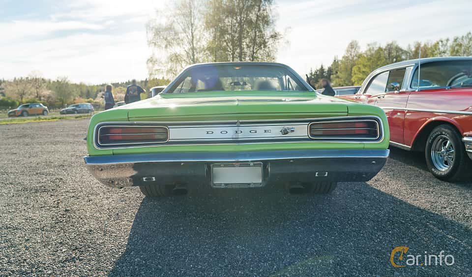 Back of Dodge Coronet Super Bee Hardtop 6.3 V8 TorqueFlite, 340ps, 1970 at Lissma Classic Car 2019 vecka 20