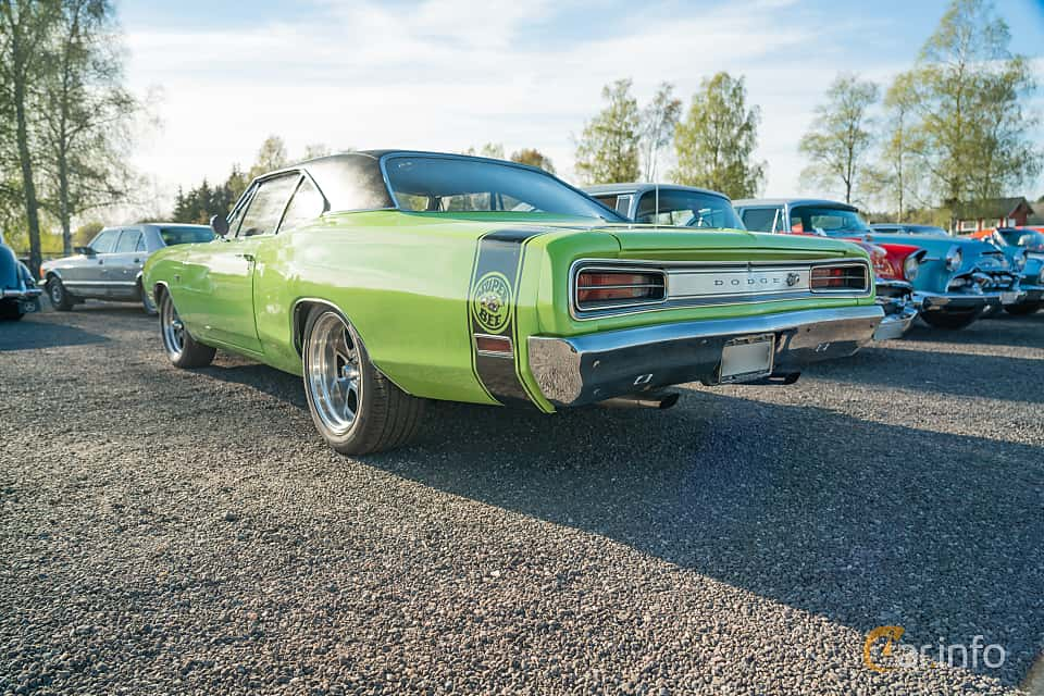 Back/Side of Dodge Coronet Super Bee Hardtop 6.3 V8 TorqueFlite, 340ps, 1970 at Lissma Classic Car 2019 vecka 20