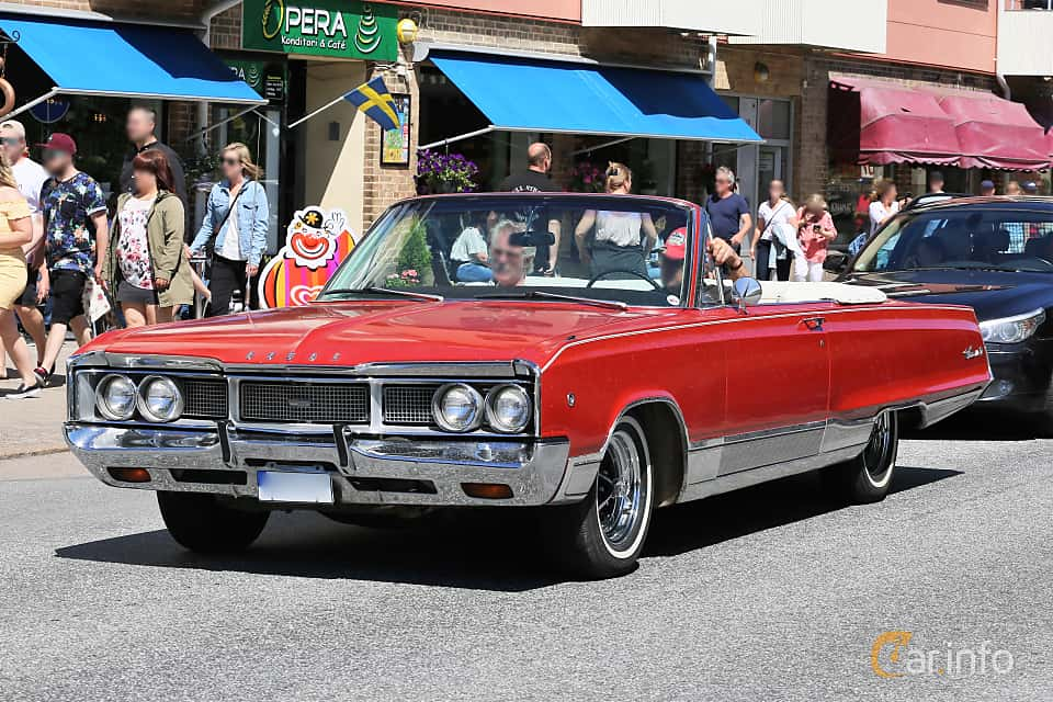 Front/Side  of Dodge Monaco Convertible 5.2 V8 TorqueFlite, 234ps, 1968 at Cruising Lysekil 2019