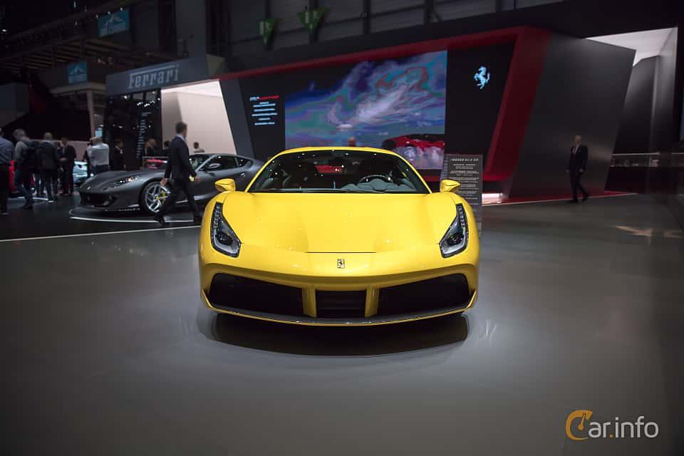 Fram av Ferrari 488 GTB 3.9 V8 DCT, 670ps, 2017 på Geneva Motor Show 2017