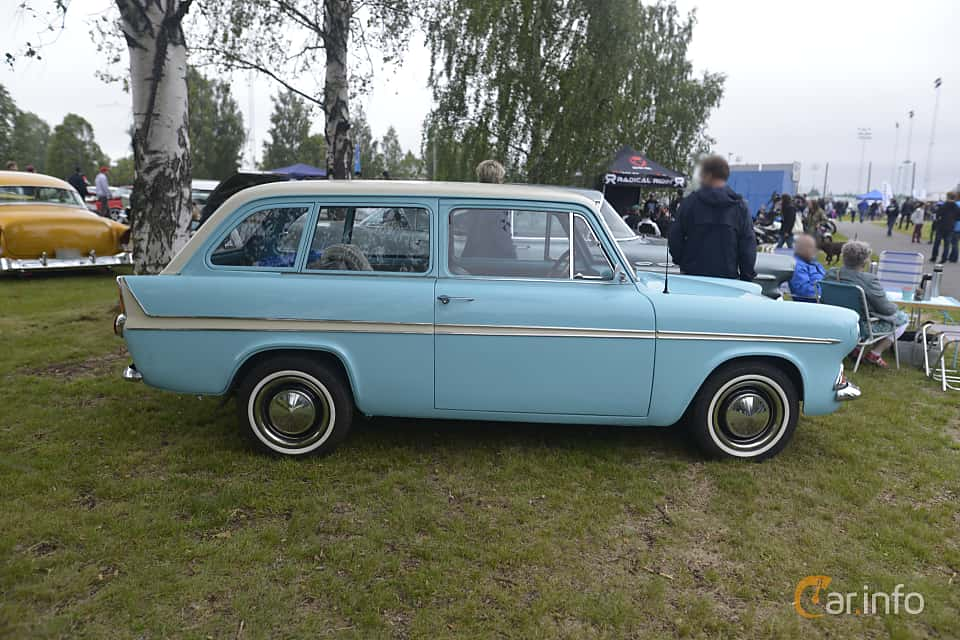 Side  of Ford Anglia Estate 1.0 Manual, 38ps, 1962 at Umeå Wheels Nations Norr 2016