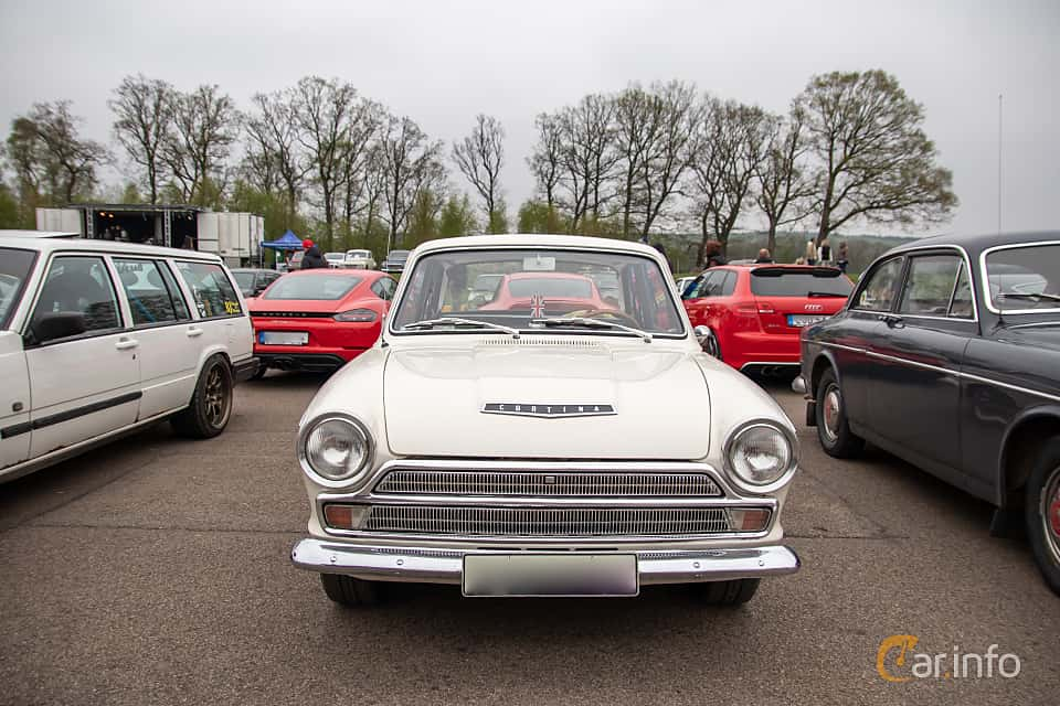 Front  of Ford Cortina GT 2-door 1.5 Manual, 76ps, 1966 at Lucys motorfest 2019