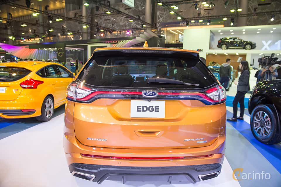 Back Of Ford Edge  At Qatar Motorshow