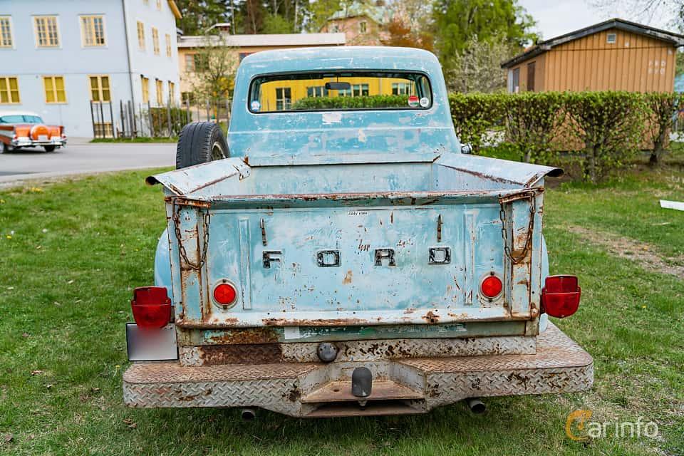 Back of Ford F Pickup 4.6 V8 Manual, 1956 at Vårcruising Järna 2019