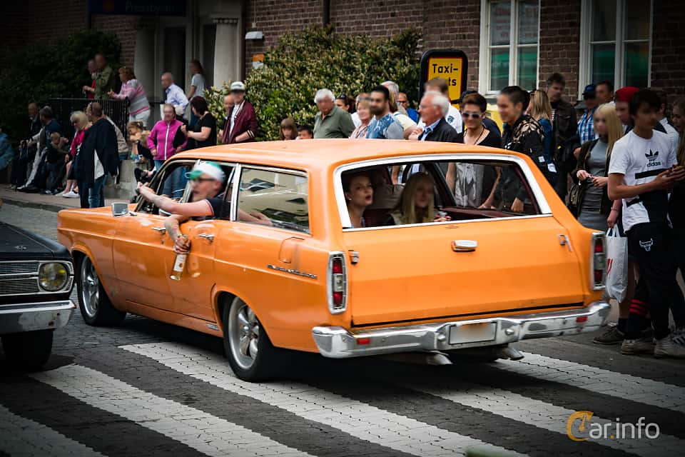 Ford Fairlane Wagon 1966 by marcusliedholm